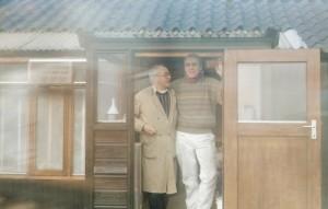 Samen met Walter Jazinsky. Bij hok Eijerkamp en Zonen